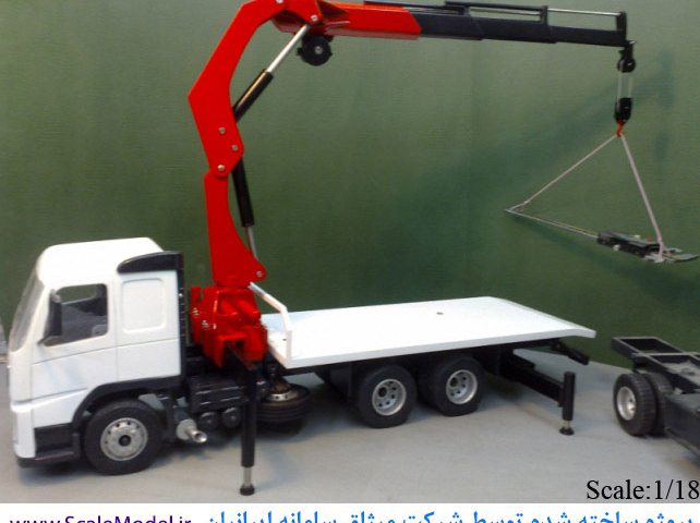 ماکت جرثقیل پروژه دیگر شرکت ماکت سازی میثاق سامانه ایرانیان سازنده هر نوع ماکت پیچیده زمینی، هوائی و دریایی بصورت ثابت یا متحرک